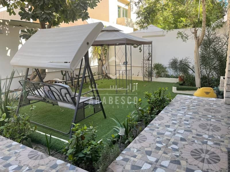 2 LUXURY INDEPENDENT VILLA IN HEART OF CITY