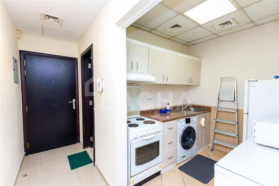16 Fully furnished cozy studio in Lake City Tower