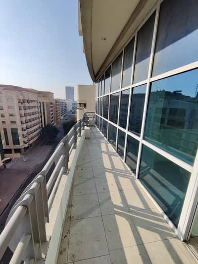 فلیٹ 2 غرفة نوم للايجار في بر دبي، دبي - شقة في المنخول بر دبي 2 غرف 60000 درهم - 5010197