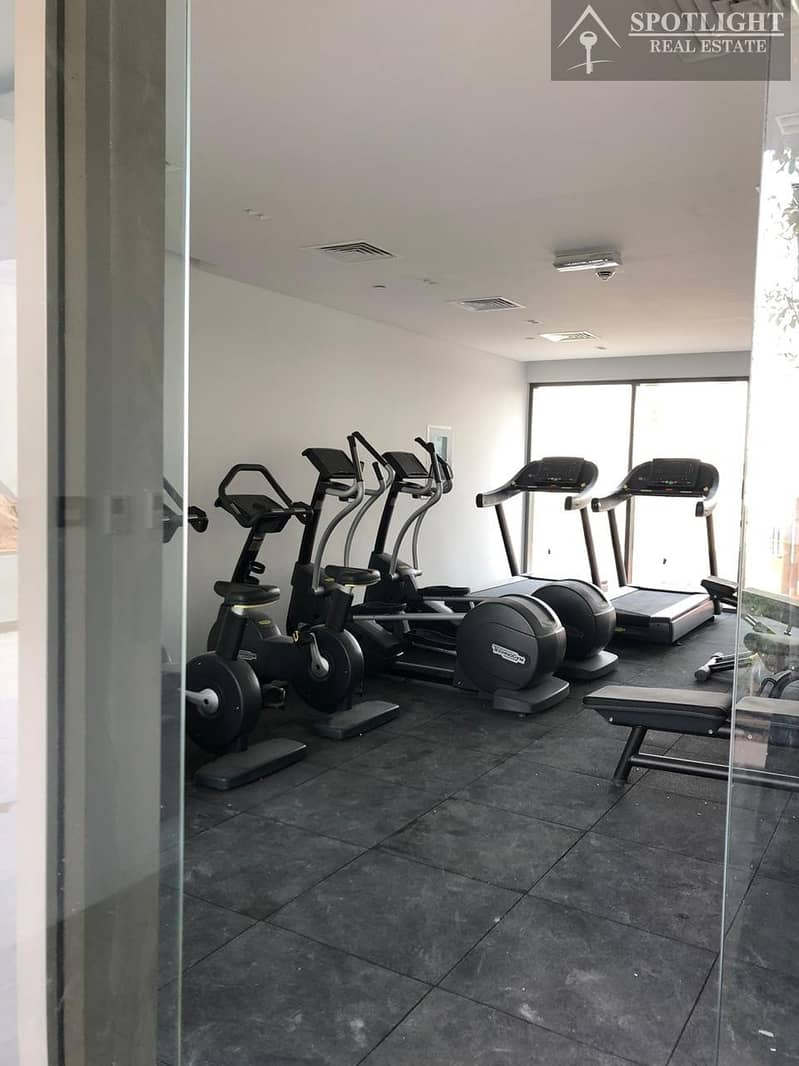 11 1 Bed Room  For Sale in Silicon Arch Only