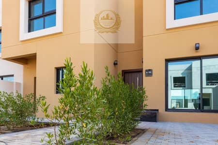 4 Bedroom Townhouse for Sale in Al Rahmaniya, Sharjah - Own your 4 Bedroom Villa In Green Community installment