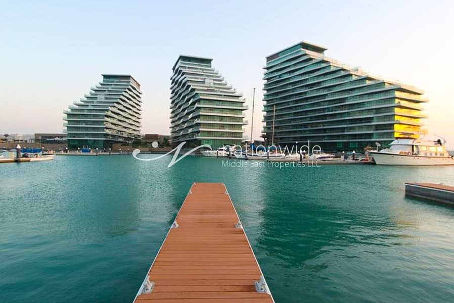 A Stunning Unit w/ Sea View Great For Investment