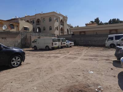 ارض سكنية  للبيع في النعيمية، عجمان - تملك ارض في النعيمية2 رابع قطعة من شارع الكلية 6400 قدم والسعر مفاجأة