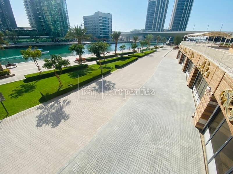 32 Five merged units- long facade - full marina view