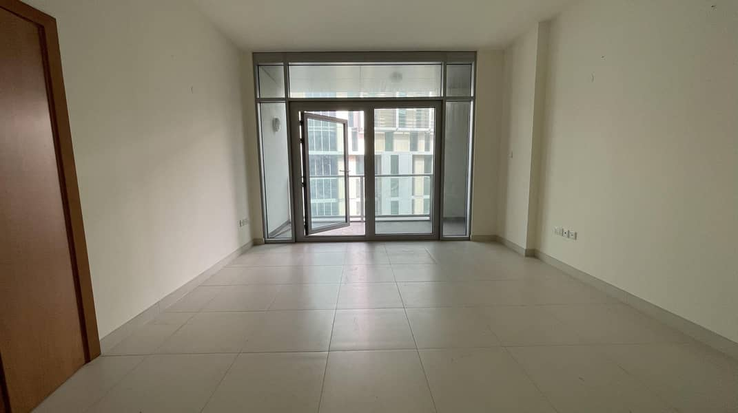 Stunning 1 Bedroom Apartment with Complete Amenities!
