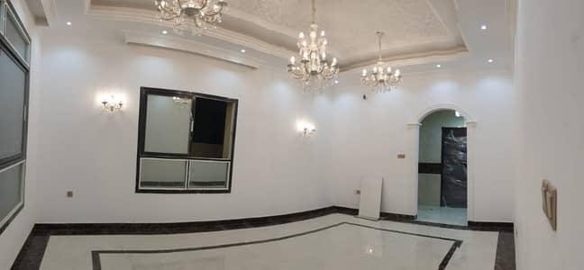 فیلا 5 غرف نوم للبيع في المويهات، عجمان - فیلا في المويهات 1 المويهات 5 غرف 1850000 درهم - 5011034