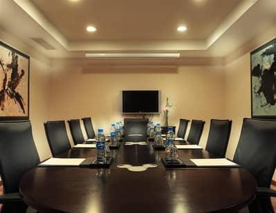 مکتب  للبيع في الخليج التجاري، دبي - For Sale Running Business Center Near Metro Station in a Prominent Location in Business Bay