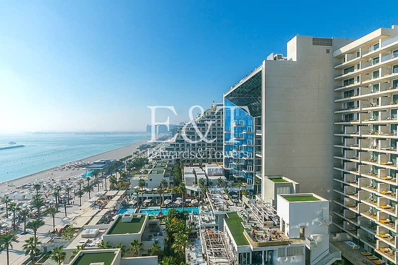 26 EXCLUSIVE AGENTS: High Floor 3 bed Penthouse