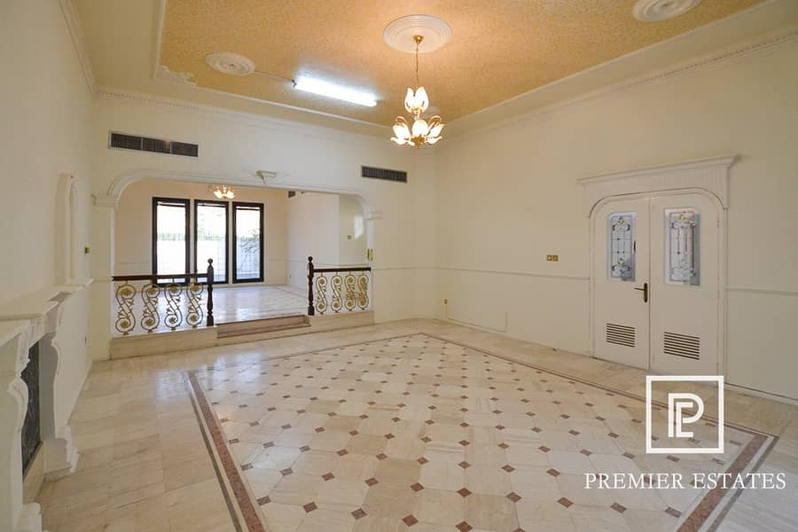LARGE 5 BD VILLA | COMMERCIAL  OR RESIDENTIAL RENT