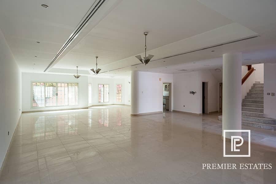 2 4 Bedroom + Maids Large Villa Pool & Gym IFor Rent