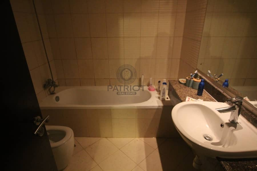 2 Amazing One Bedroom Apartment   Unfurnished   High Floor  With Balcony   4 cheques
