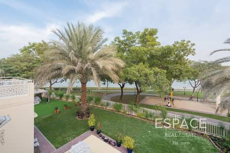 5 Bedroom Villa for Sale in The Meadows, Dubai - Exclusive Type 7- Large Plot & Lake View