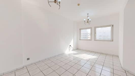 شقة 2 غرفة نوم للايجار في بر دبي، دبي - 50% off commission I Shared pool I Free maintenance