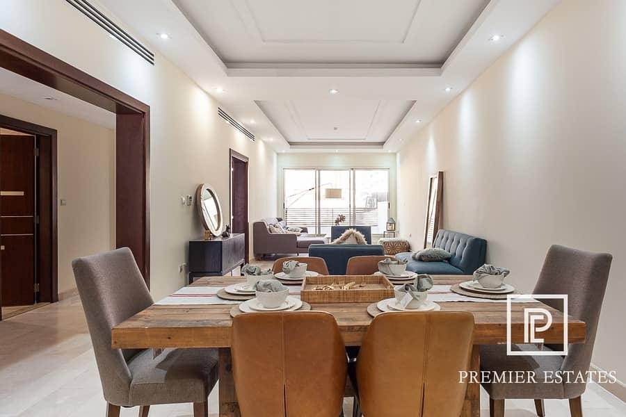 2 3 Bedroom Luxury Villa II Family Room II Vacant