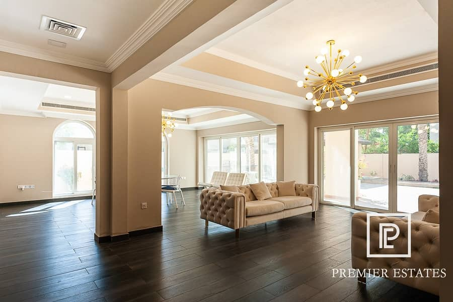 2 Sophisticatedly Renovated | 5 Bedroom | V O T