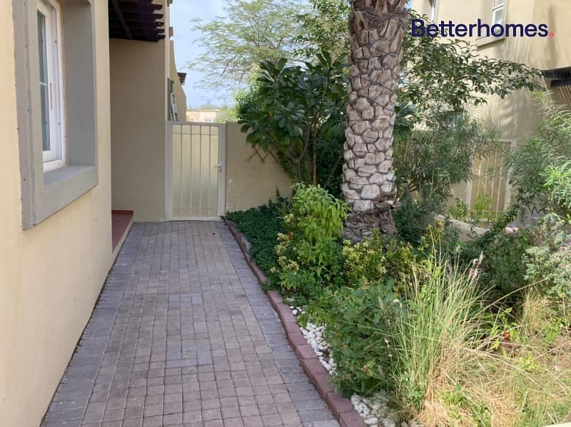 18 Type 1E | Private Pool | Lake View | Upgraded