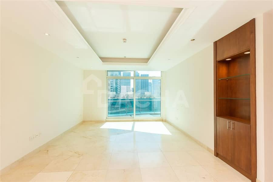 15 Rd View / Well Maintained / Big Layout