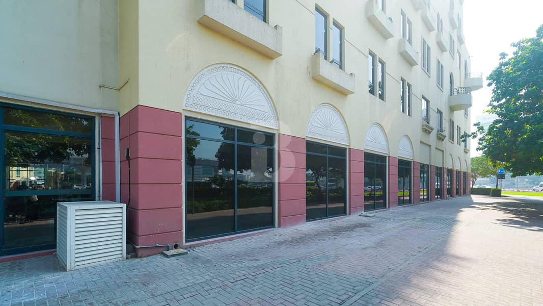 10 Healthcare City-RETAIL space for restaurant