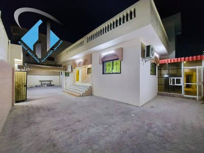 4 Bedroom Villa for Sale in Al Rawda, Ajman - For sale, a villa in Ajman connected to electricity and water, with air conditioners, at a price, for a very good location, without a down payment, and in monthly installments for a period of 25 years, with a large bank indulgence.
