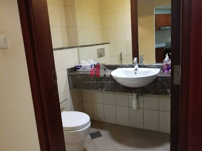 14 Chiller Free! Large 01 Bedroom for rent in X-1 Tower