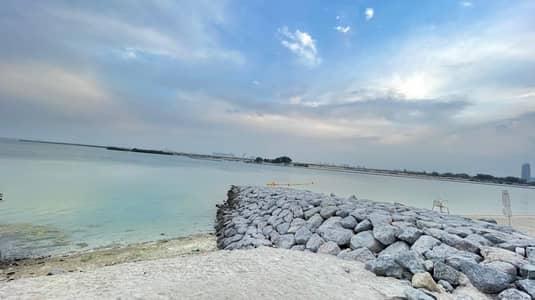 فیلا 5 غرف نوم للايجار في جزيرة الريم، أبوظبي - Beach Front 5 BEDS Villa in Al Reem Island