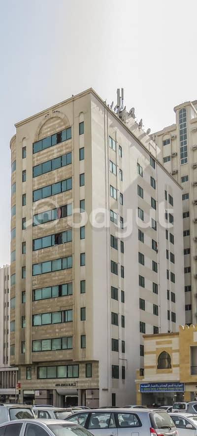 استوديو  للايجار في المريجة، الشارقة - شقة في المريجة 15000 درهم - 5013187