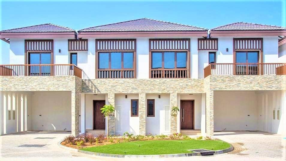 1 Grand Luxury 4 BR Villa with Maids Room in Al Reem Island