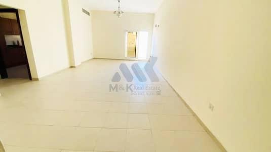فلیٹ 3 غرف نوم للايجار في الكرامة، دبي - شقة في الكرامة 3 غرف 82000 درهم - 5013209