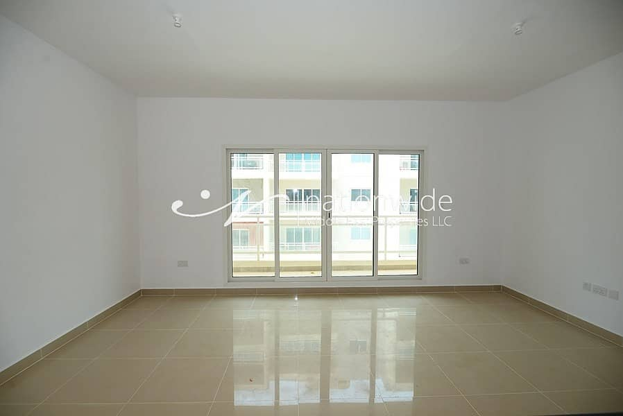 2 Invest In This Type A Unit w/ Balcony & Car Park