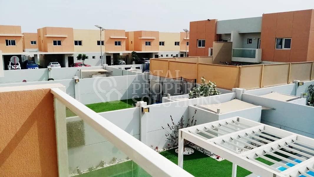2 Lovely 3 Bed Villa | Private Pool & Backyard