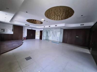 مکتب  للايجار في الخليج التجاري، دبي - Fitted|Partitioned|Canal View|With Pantry|Vacant