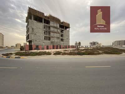 Plot for Sale in Muwaileh, Sharjah - For sale commercial plot G+4 in Falah corner plot very close to the park at very good price