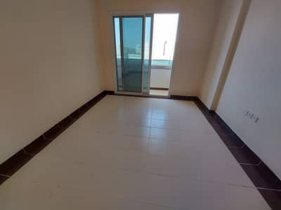شقة 2 غرفة نوم للايجار في مويلح، الشارقة - شقة في مبنى مويلح مويلح 2 غرف 23990 درهم - 5014138