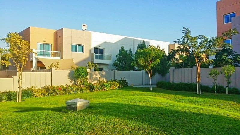 2 Excellent Price for Well Maintained 4BR Villa