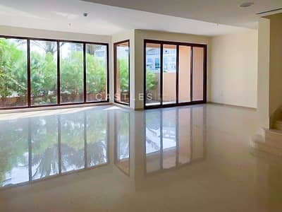 4 Bedroom Villa for Sale in Jumeirah Islands, Dubai - Lake View - 4 bed+maids Townhouse
