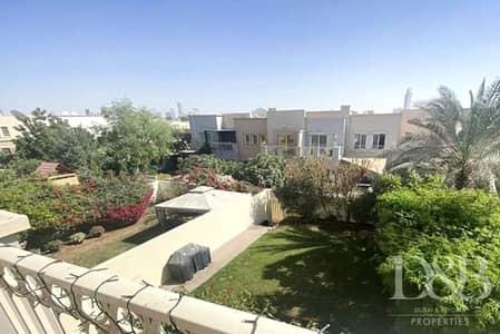 فیلا 3 غرف نوم للايجار في الينابيع، دبي - Private Garden | Well Maintained | 3BR Villa