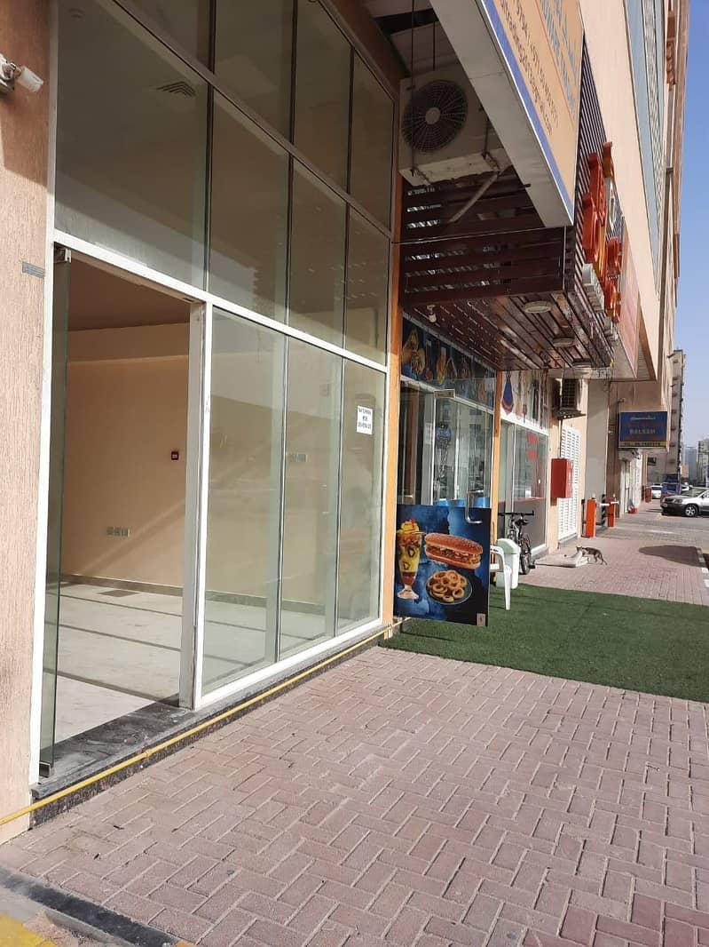 محل للايجار باول عجمان موقع متميز جدا خلف لاي شوكولاه اللي بشارع الاتحاد