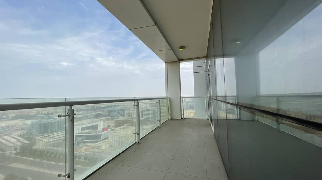 2 Huge 3 Beds w/ 1 month Free offer in Capital Centre