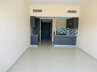 استوديو  للايجار في مويلح، الشارقة - شقة في الزاهية مويلح 27000 درهم - 5015490