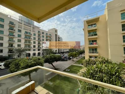 1 Bedroom Flat for Rent in The Greens, Dubai - Upgraded 1BR / Multiple Cheques