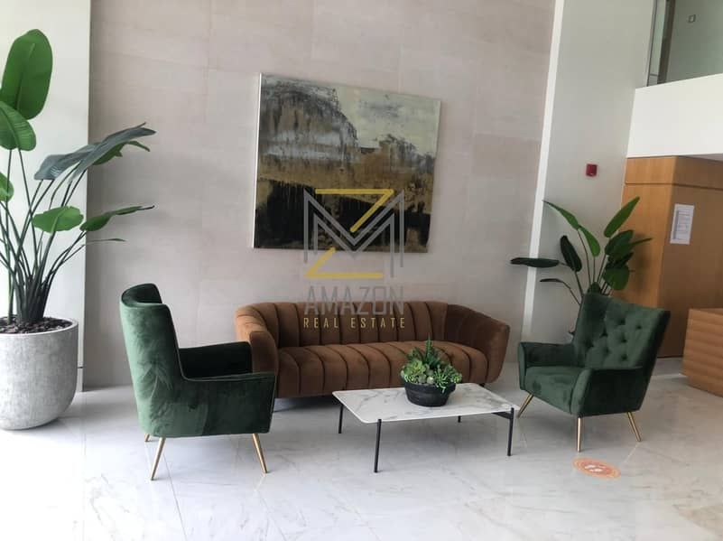 FULLY FURNISHED 1BR - MONTHLY FOR 12 CHEQUES