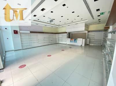 محل تجاري  للايجار في واحة دبي للسيليكون، دبي - Chiller Free Spacious Shop ( Front Of Up Coming Mall )