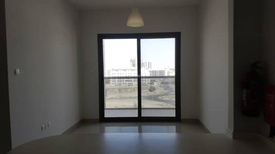 Exclusive Deal |Modern and Comfort | Pool View | Dewa Building | 4 Cheques !!!
