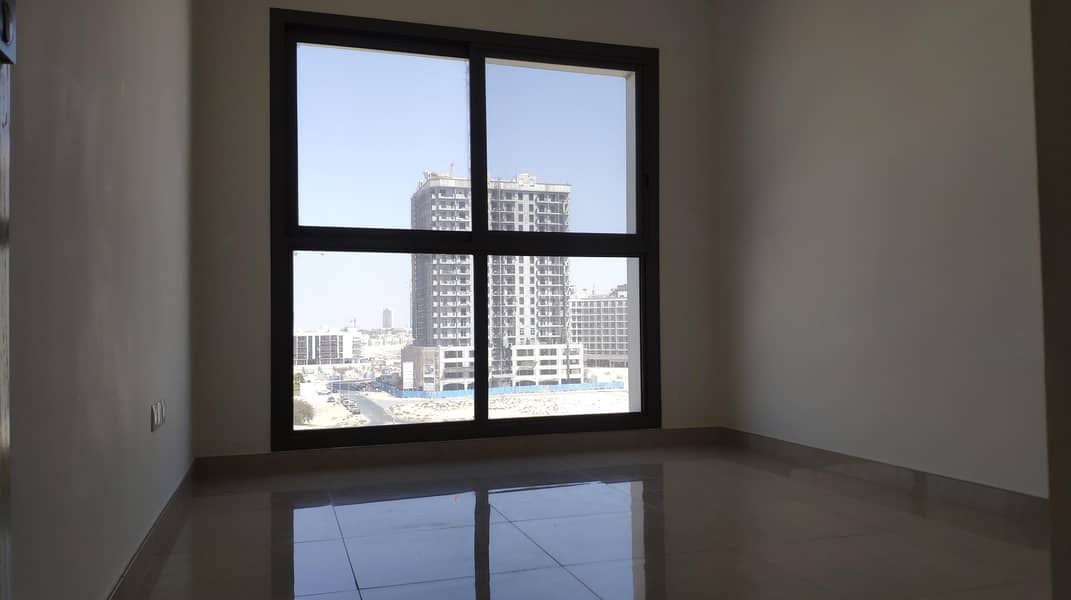 2 Exclusive Deal |Modern and Comfort | Pool View | Dewa Building | 4 Cheques !!!