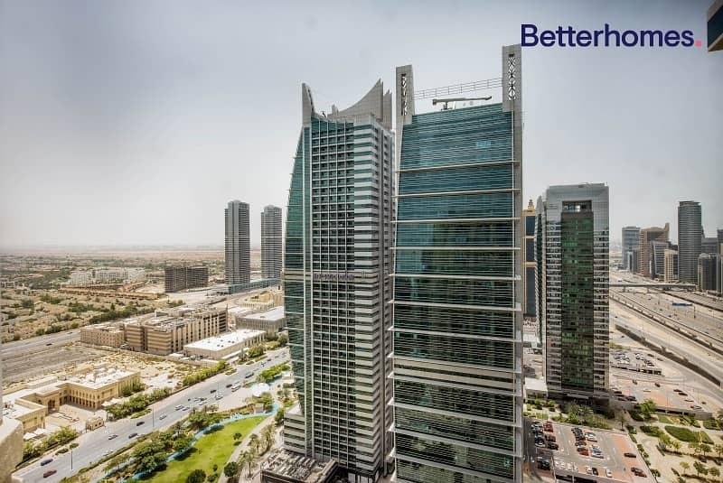 10 Upgraded | Fully Furnished | High Floor | Vacant