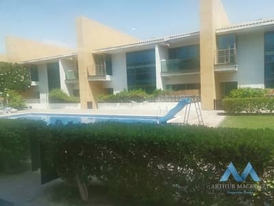 فیلا 5 غرف نوم للايجار في أم سقیم، دبي - Stunning 5 Bedroom  Unfurnished Townhouse  Shared Swimming Pool in Umm Suqqeim 3 For Rent