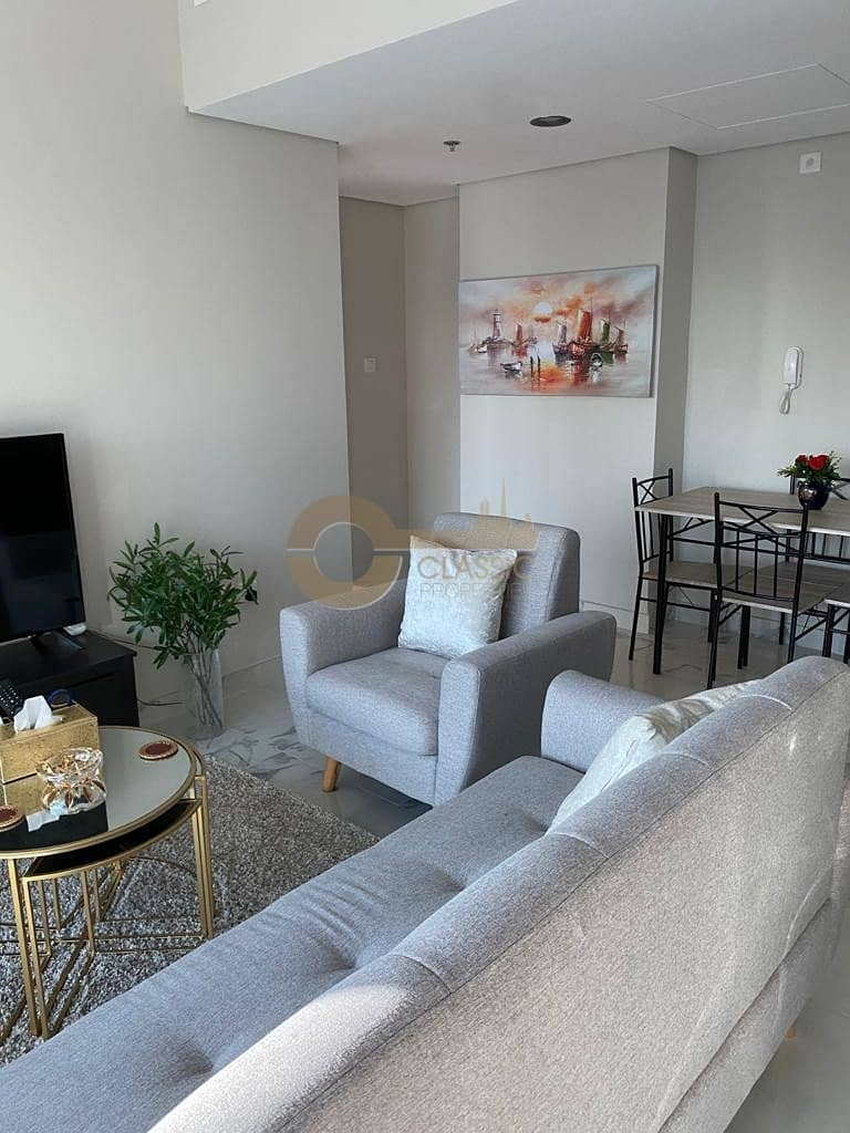 2 Fully Furnished| Pool View| One Bedroom|