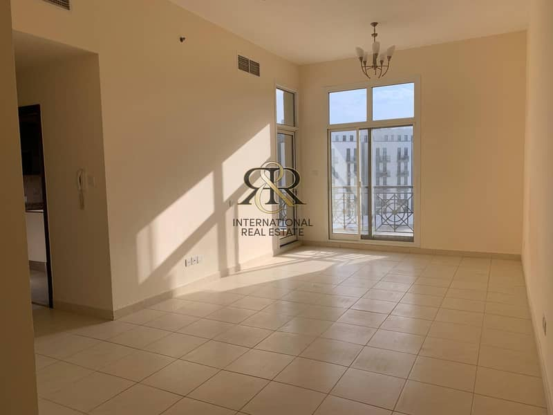 Vacant Unit and Spacious 2 Bedrooms with balcony