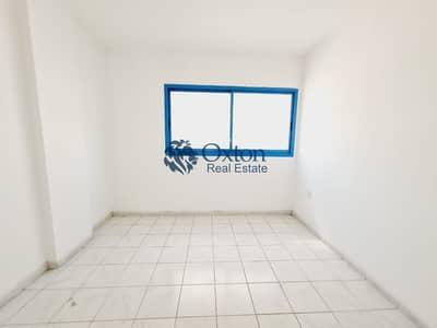 فلیٹ 2 غرفة نوم للايجار في المجاز، الشارقة - Cheap 2-BHK In Al Majaz 2