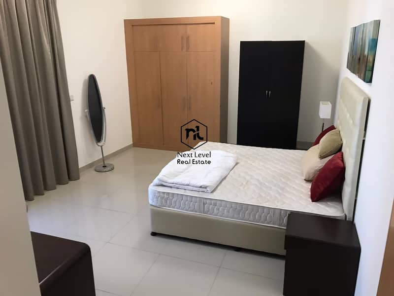 8 vacate on transfer furnished 2 bedroom with balcony and parking